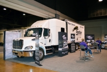 Bolt_Custom_Trucks_Expo_17_Panther booth_96in_sleeper_0265