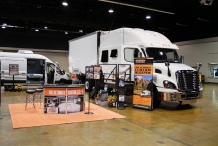 Bolt_Custom_Trucks_Expo_Booth_17_0234