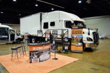 Bolt_Custom_Trucks_Expo_Booth_17_0243