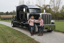 Bolt_Peterbilt_custom_crew_cab_ultra_exterior_Bolt_Girls