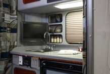Platinum-Series-130-Kenworth-T680-Countertop-TV