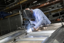 Bolt-exterior-fabrication-welding